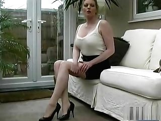 Hot Cougar Talks About Mens Fixation For Women In Elegant Sexual High Stilettos