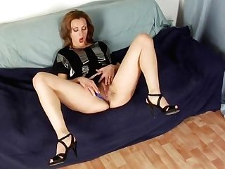 Fucked Her Hairy Crevice With A Enormous Fake Penis
