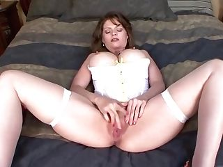 Matures Woman Is Having Amazing Fuck-fest With A Magnificent, Black Stud, Who Likes Her Cooter
