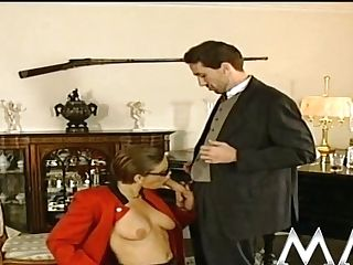 Horny Lady Gives Deepthroat Bj To A Gent