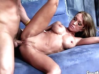 Hot Cougar Fuck And Facial Cumshot