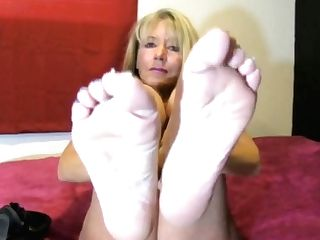 Matures Feet Joi