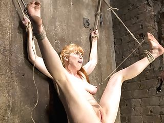 Penny Pax & The Pope In Crimson Headed Wire Breezy Is Disturbed And Harassed - Frogtied