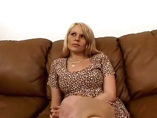 Hot Light-haired Cougar Sucking Off Big Dick