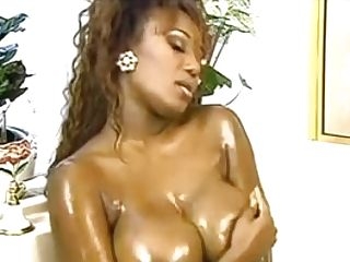 Ebon Mummy I'd Like To Fuck Dominique Simone Takes A Bathroom