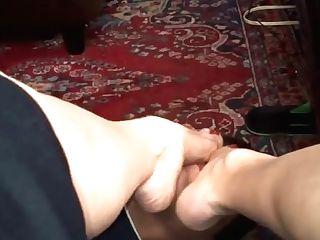 Adoring My Neighbor's Wifey's Feet.