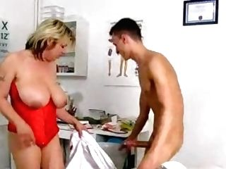 Euro Mummy Medic Silvy Vee Ample Tits Gets Fucked By A Patient