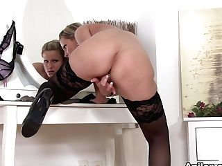 Samantha Jolie In Ready To Go - Anilos