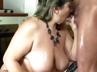 Fat Moms Very First Extreme Pornography Lesson