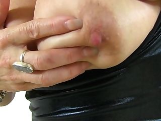 Brit Mummy Gemma Gold Can't Neglect Her Pantyhosed Fanny
